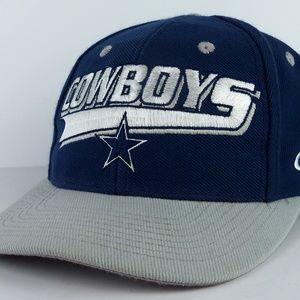 Vintage Dallas Cowboys Snapback Cap Embroidered